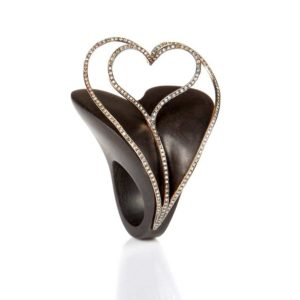 Marlen Ht Heart Ebony Ring