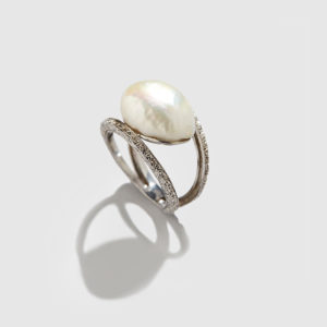 DOLLY BOUCOYANNIS-Pearl Ring