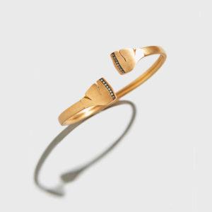 POLINA SAPOUNA ELLIS-Tethrippon cuff-bracelet