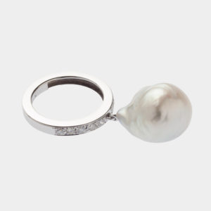 Dolly Boucoyannis White Gold Sea Pearl Ring DBR49