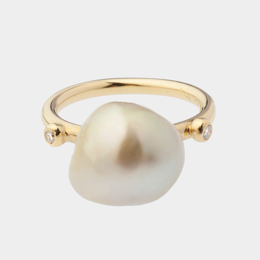 Dolly Boucoyannis Gold and Diamond Pearl Ring DBR89