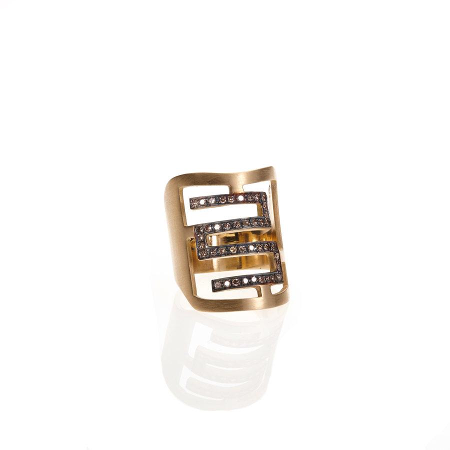 Polina Ellis Meander Gold Ring