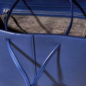 Pb 0110 Shoulder Bag AB32