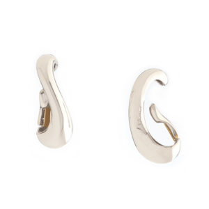 E270 Long Silver Clasp Earrings