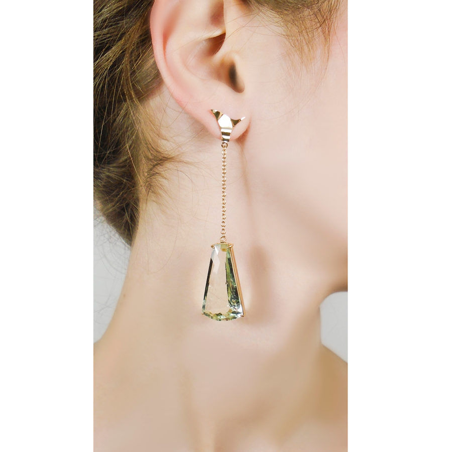Anomy Twisted Ice Earrings on model