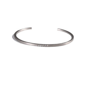 Eikosi Dyo Lui Bangle Bracelet
