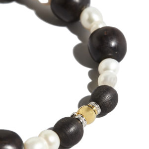 Marlen Ht Ebony and Pearls Necklace