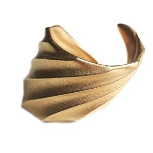 Morphe London Shell Bracelet 3D Printed in Gold Steel