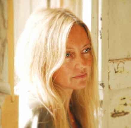 OONA Maria Moro Portrait m