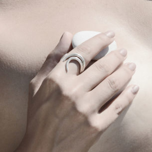 AETRA Fluid Ring on model AS.FR001