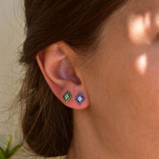rhombi-green-earring_model_alveare